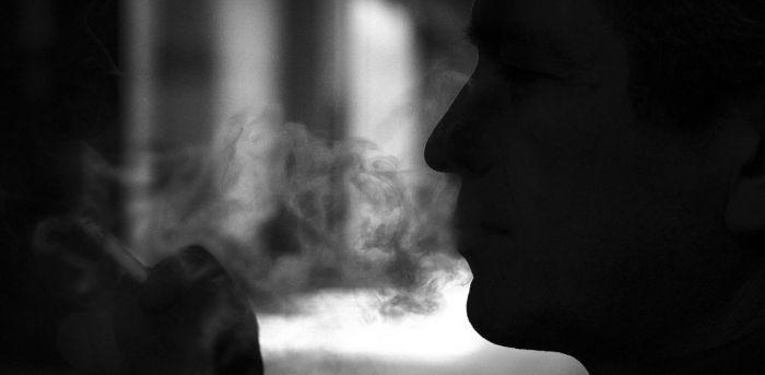 Κορωνοϊός: Όλα όσα ισχύουν για την επικινδυνότητα των καπνιστών!   panathinaikos24.gr