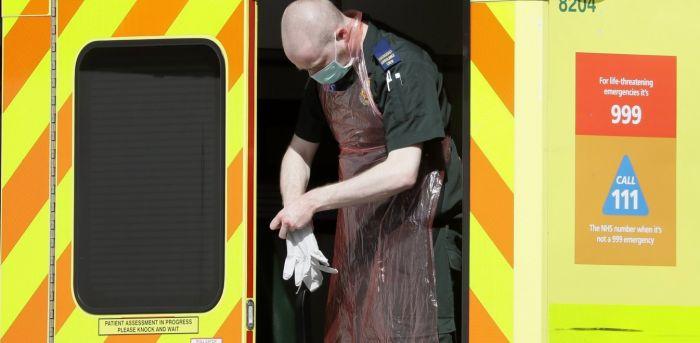 Βρετανία: Εξαντλούνται τα αποθέματα σάκων για τη μεταφορά σορών – Γεμάτα τα νεκροτομεία | panathinaikos24.gr