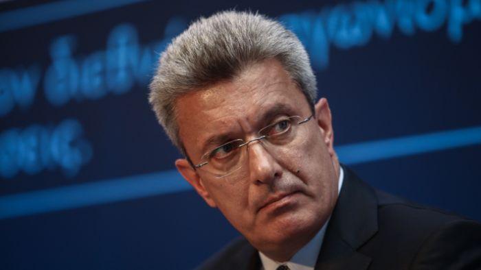 «Κύριοι γιατί δεν το κάνετε;»: Η ερώτηση του Χατζηνικολάου στους βουλευτές για τον covid-19 που προκάλεσε χαμό | panathinaikos24.gr
