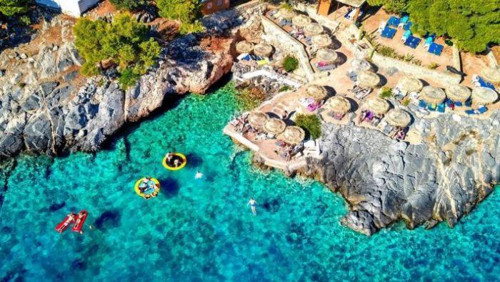 13 ευρώ εισιτήριο, φτάνεις σε 55': Το πιο οικονομικό και ασφαλές νησί που δεν θα σου λείψει τίποτα   panathinaikos24.gr