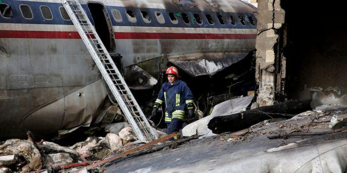 Πτώση αεροπλάνου στην Κωσταντινούπολη | panathinaikos24.gr