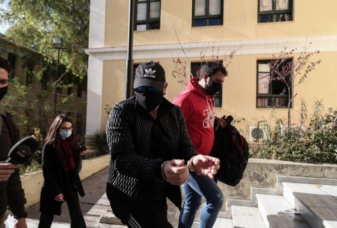 Νότης Σφακιανάκης: Ποινική δίωξη για παράνομη οπλοκατοχή και κατοχή ναρκωτικών   panathinaikos24.gr