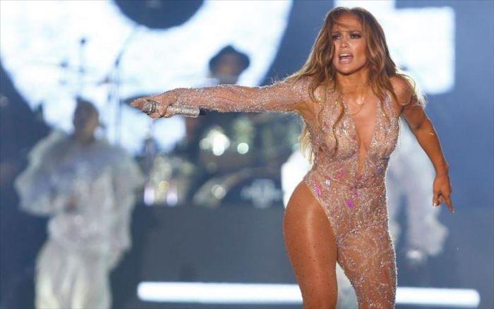 Τζένιφερ Λόπεζ: Πόζαρε γυμνή στο νέο βιντεοκλίπ της και το έβγαλε στη δημοσιότητα! (vid) | panathinaikos24.gr