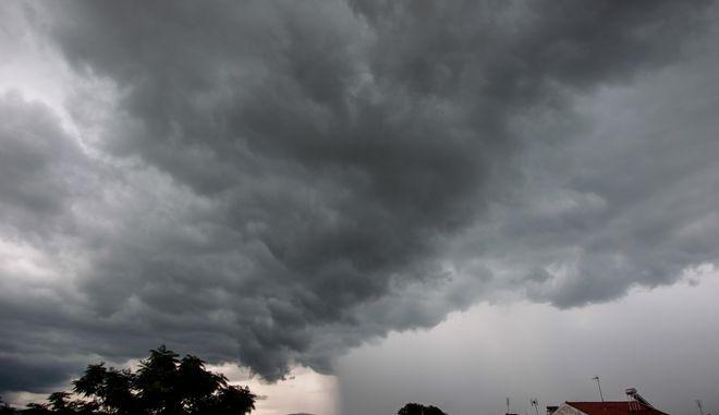 Εικόνες από την κακοκαιρία και την καταιγίδα στην Αττική (vid)   panathinaikos24.gr