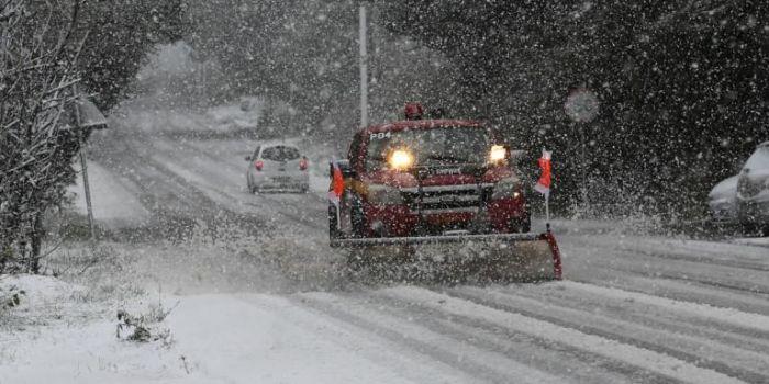 Η κακοκαιρία «Λέανδρος» σαρώνει τη χώρα – Βροχές και χιόνια σε Αθήνα και Θεσσαλονίκη (vids) | panathinaikos24.gr