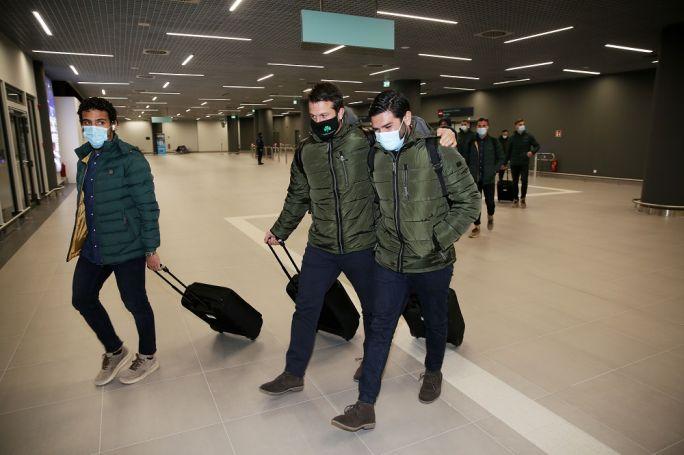 Έφτασε στη χιονισμένη Θεσσαλονίκη ο Παναθηναϊκός (pics)   panathinaikos24.gr