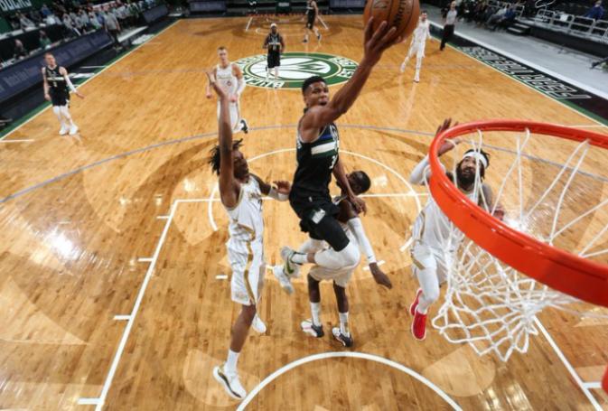 NBA: «Γίγαντας» Γιάννης με 31 πόντους, οι Μπακς λύγισαν τους Μάβερικς (vid)   panathinaikos24.gr
