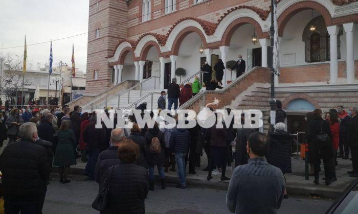 Χαμός στις εκκλησίες στα Θεοφάνεια (vid) | panathinaikos24.gr