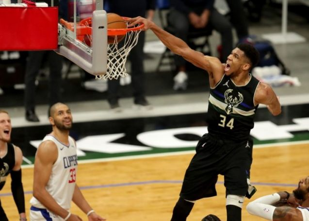 NBA: Με «διπλό» και κορυφαίο Γιάννη το Top 10 [vid] | panathinaikos24.gr