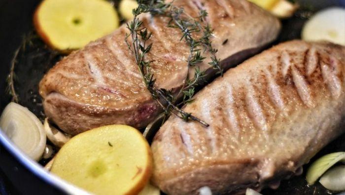 Έρχεται και στην Ελλάδα: Η νέα τάση στο κρέας που κάνει θραύση σε όλο τον κόσμο λόγω κορωνοϊού   panathinaikos24.gr