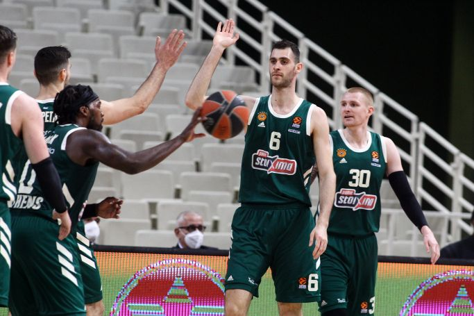 Παπαγιάννης: «Ήταν ένα τελείως διαφορετικό παιχνίδι στο δεύτερο ημίχρονο» | panathinaikos24.gr