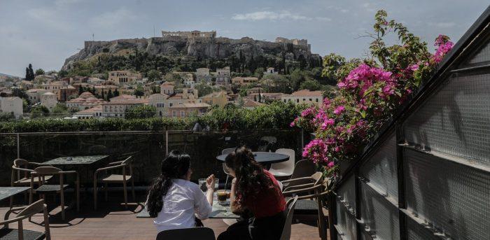 Αρση Lockdown: Συνεδριάζουν οι λοιμωξιολόγοι, για ωράριο κυκλοφορίας, μουσική στην εστίαση και γάμους   panathinaikos24.gr